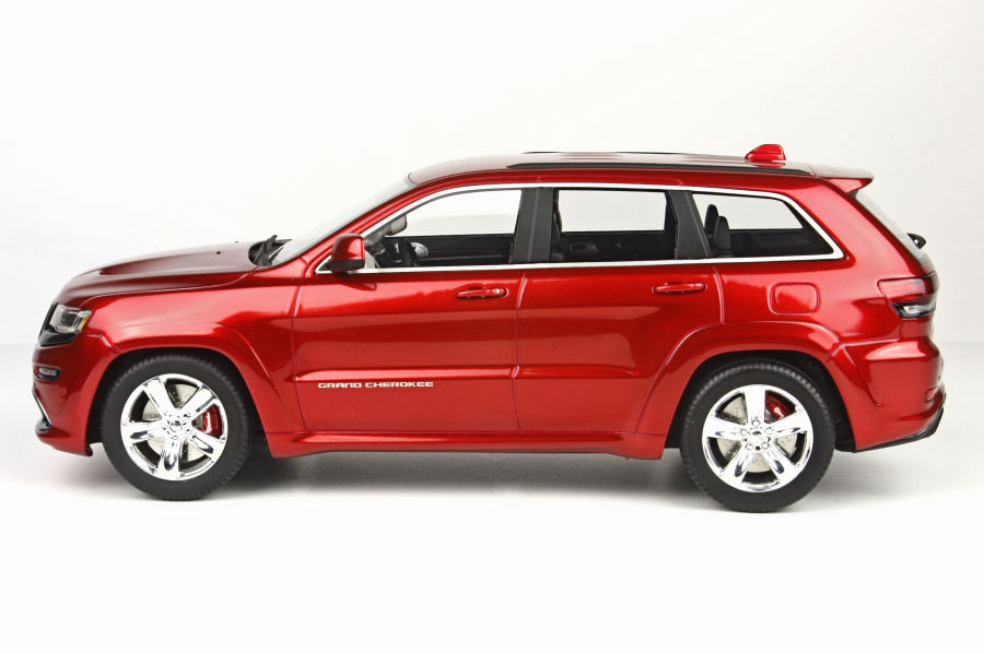 jeep grand cherokee srt8 red line 1 18 top16a top marques ebay. Black Bedroom Furniture Sets. Home Design Ideas