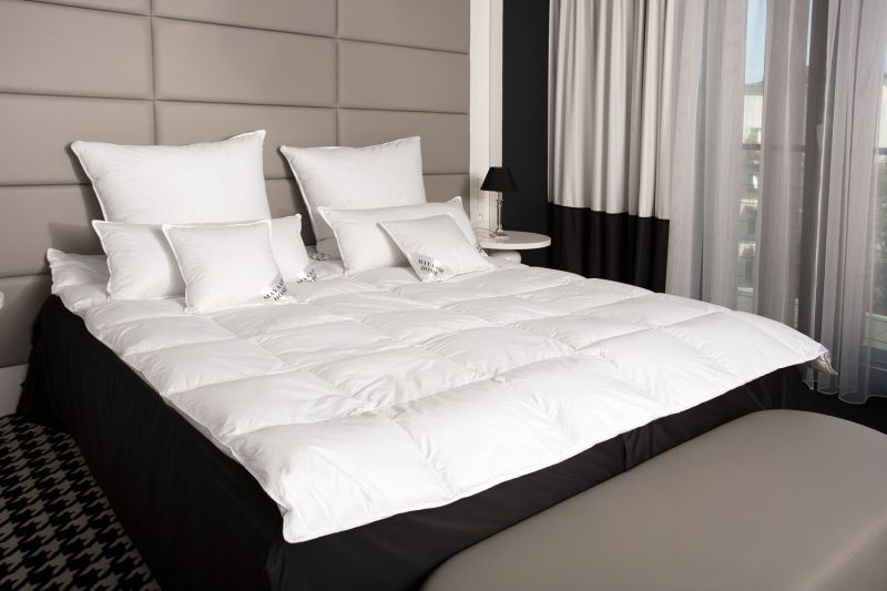 daunendecke bettdecke oberbett decke 90 daunen 155x200 cm 1100g n19 ebay. Black Bedroom Furniture Sets. Home Design Ideas