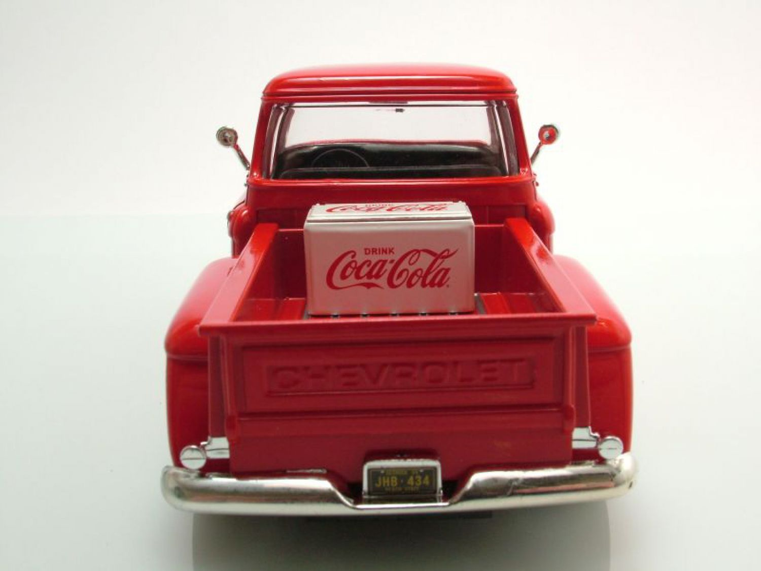 Chevrolet 5100 pick up 1955 coca cola red model car 1 24 for Motor city auto center
