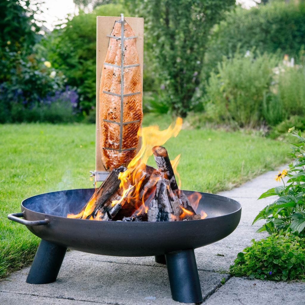 feuerschale 60cm brett 2 er set flammlachs feuer lachs grill original finnwerk ebay. Black Bedroom Furniture Sets. Home Design Ideas