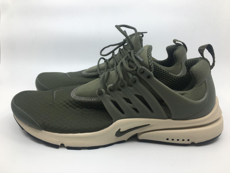 42864a7a2e Nike Air Presto Essential Gr. 46 khaki grün braun beige Herren Sneaker  Fitness